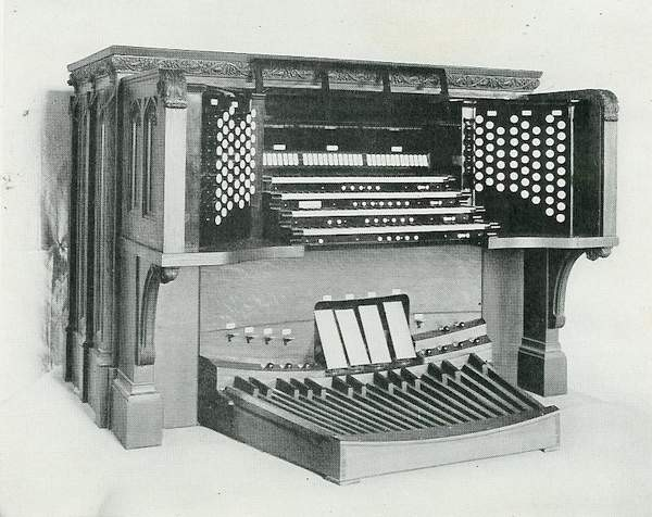 Ernest M. Skinner Co. organ, Op. 150 (1906) in Cathedral of St. John the Divine (New York City, NY)