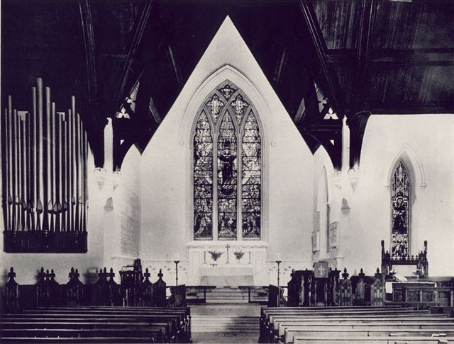 Skinner organ, Op. 185-A (1926) in the Church of the Holy Communion, Episcopal (New York City, NY)