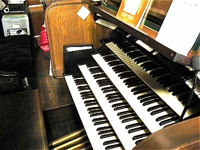Austin console (1973) for Aeolian-Skinner Organ, Op. 823-A (1952) in First Presbyterian Church - Passaic, New Jersey