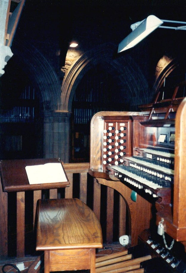 Aeolian-Skinner organ, Op. 1053 (1944) in Church of St. James the Less, Episcopal (Scarsdale, NY)