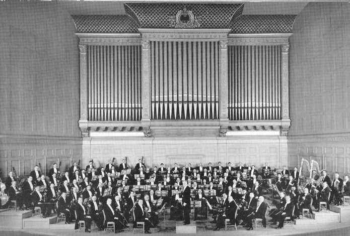Facade of Aeolian-Skinner organ, Op. 1134 (1949) in Symphony Hall (Boston, MA)