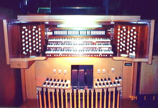 Aeolian-Skinner organ, Op. 1458 (1966) in Covenant Presbyterian Church (Long Beach, CA)